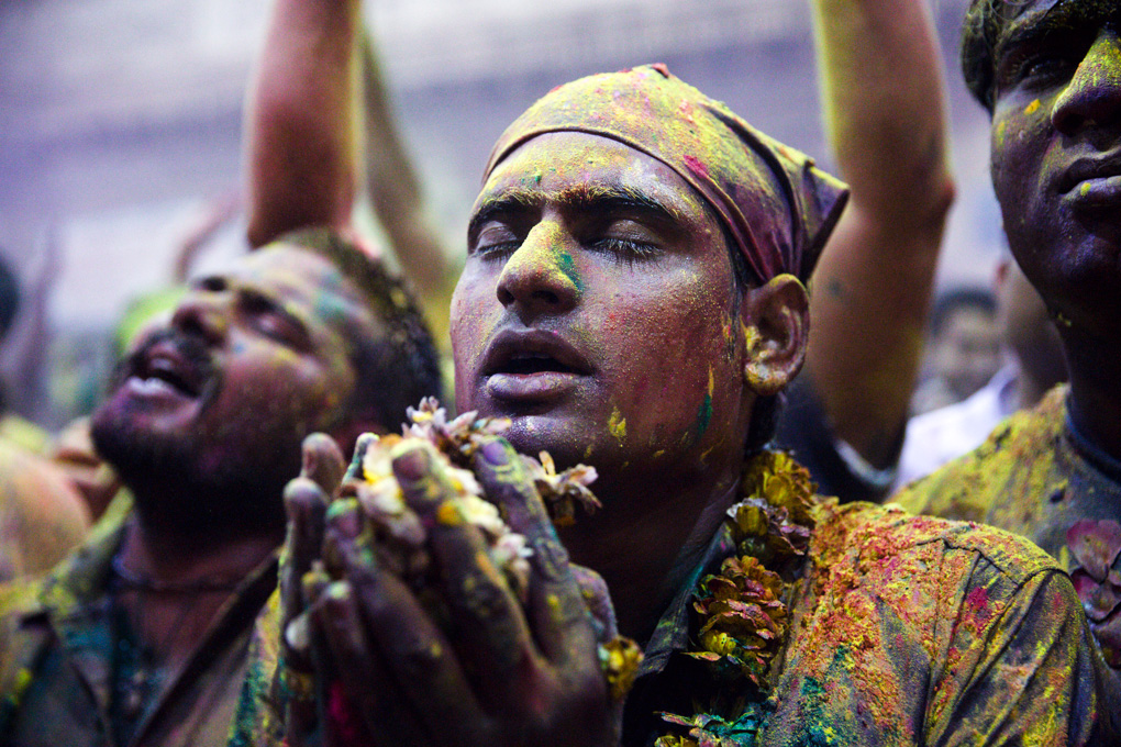 DIVING INTO THE COLORS OF HOLI